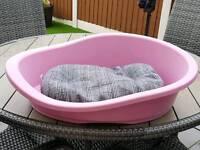 Dog bed (Medium Size) Never Used Bargain £5 !!!