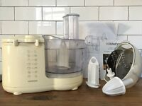 Kenwood FP570 Food Processor with Attachments Classic