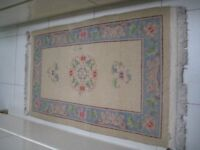 Cream and blue wool rug (No 7)