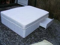 CAN DELIVER - DOUBLE DIVAN BED WITH 2 DRAWERS AND MATTRESS IN VERY GOOD CONDITION