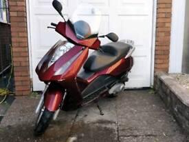 Honda pantheon 125 scooter