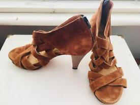 Kurt Geiger Suede Summer High Sandal Size -37/4