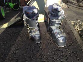 Ski boots - size 23-23.5 (shoe size 4/5)