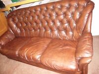 QUILTED THREE PIECE LEATHER SUITE