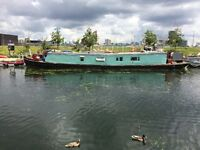 Houseboat for sale / mooring wanted