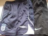 2 PAIRS BOYS SPORTS SHORTS WITH LINERS - NIKE & Umbro - 12-13yrs (Kirkby in Ashfield)