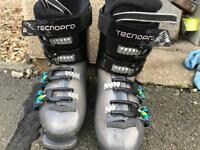Techno pro Children's Ski Boots