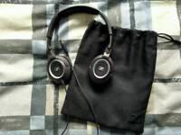Sennheiser HD 239 headphones