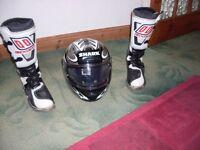 shark s 600 srn helmet and motorcross boots././