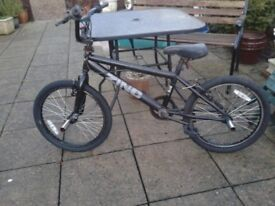 BOYS STUNT BMX in good working order, INC GOOD WHEELS TYRES AND STUNT PEGS,CAN DELIVER TO NORWICH