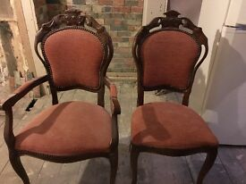 Set of 6 Dining table chairs, 2 arm chairs and 4 normal chairs - £100 - ono