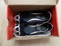 2 PAIRS PRETTY GIRLS SLIP ON BALLERINA BALLET PUMPS BLACK GOLD SUEDE SIZE 2 ,WHITE LEATHER SIZE 13