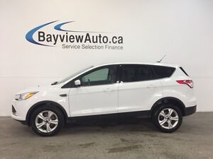 2015 Ford ESCAPE SE- 1.6L ECOBOOST! HEATED SEATS! REV CAM! SYNC!