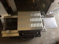Conveyor Pizza Oven 31 cm Wide Belt Made By MIRROR ,Genuine Bargain 3 Phase Electric