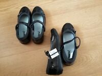 New girls school shoes size 2.5