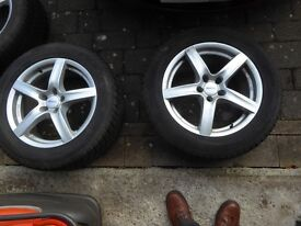 Ford Kuga 5 Stud ALUTEC wheels with Dunlop sp winter sport tyres. 235/55/17