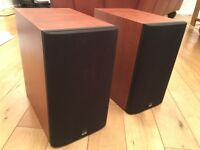 B&W 685 speakers