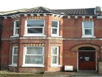 6 bedroom house in Tennyson Road (6 bed), ,