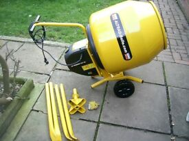BELLE MINIMIX 130 240V BRAND NEW WITH STAND