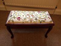 Tapestry foot / piano stool