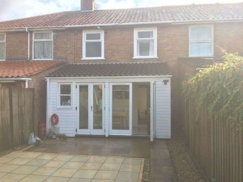 Spacious four bedroom student house to rent in a great location close to UEA