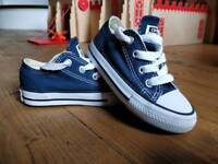 Infant Converse Trainers size 6