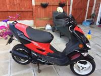 Scooter Peugeot 100CC