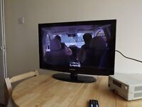 32' Samsung TV (working but see pic / description)
