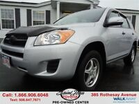 2010 Toyota RAV4 Base $138.36 BI WEEKLY!!!