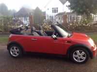 MINI CONVERTIBLE 2006 79000 MILES 2 LADY OWNERS FROM NEW LEATHER INTERIOR ELECTRIC ROOF