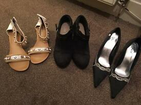 Shoes/sandals/boots