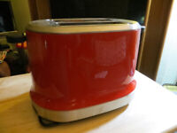 SILVERCREST TOASTER-RED-USED ONLY ONCE
