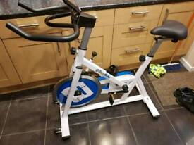 Bodymax spinning bike exercise machine spin