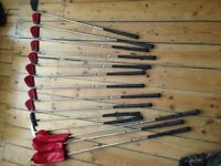 Set of Apollo Confidence golf clubs in bag, little used, with 3 x woods, 2 x putters and 9 x irons