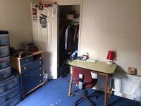 Single Room Bedinster/Southville 350£ (no bills included)