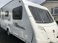 2010 SWIFT CHARISMA 230 - 2 BERTH MOTOR MOVER, 15FT END DRESSING ROOM