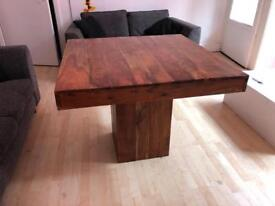 Solid table unit