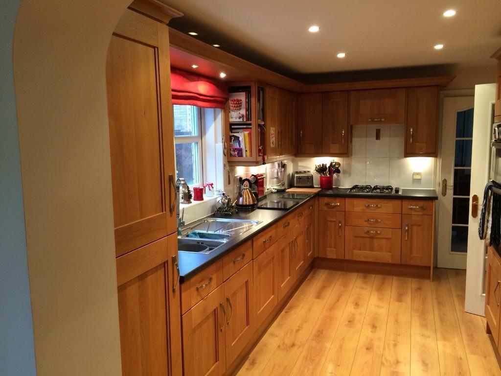 Sold Howden S Light Oak Kitchen Units In Johnstone