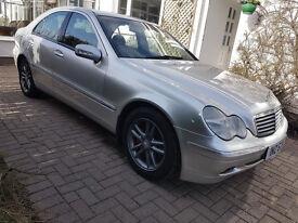 Mercedes-Benz C Class 2.1 C220 CDI Elegance SE 4dr, Diesel Automatic, £1500.00