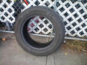 1 Michelin Latitude Tour HP Zero Pressure Run Flat Tire * 255 55R18 109H * $30.  M+S / All Season Tire ( used tire )