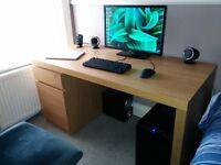 Ikea MALM Desk 50£ new 115£ hardly used