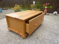 pine drawer chest