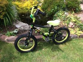 Apollo kids bike ages 4-6