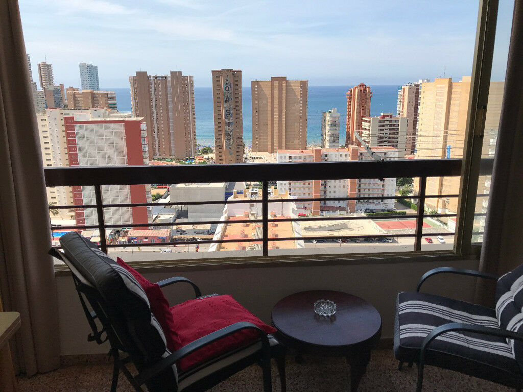 one bedroom apartment for holiday/long term rental in Benidorm Spain