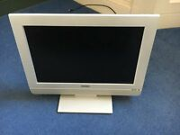 "Toshiba Lcd 17"" 16:9 Nicam - with built in Digital Tuner and manual"