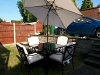6 pce Henderson patio set