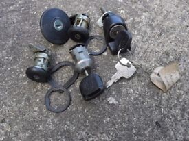 OLD FORD FIESTA IGNITION SET