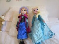 ELSA AND ANNA SOFT PLUSH TOYS