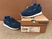 Reebok Classic Trainers kids size 6 BNIB