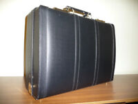LARGE BUSINESS BRIEF CASE - GREAT PRESENT Executive Flight Doctor's Rep's Teacher's Writing